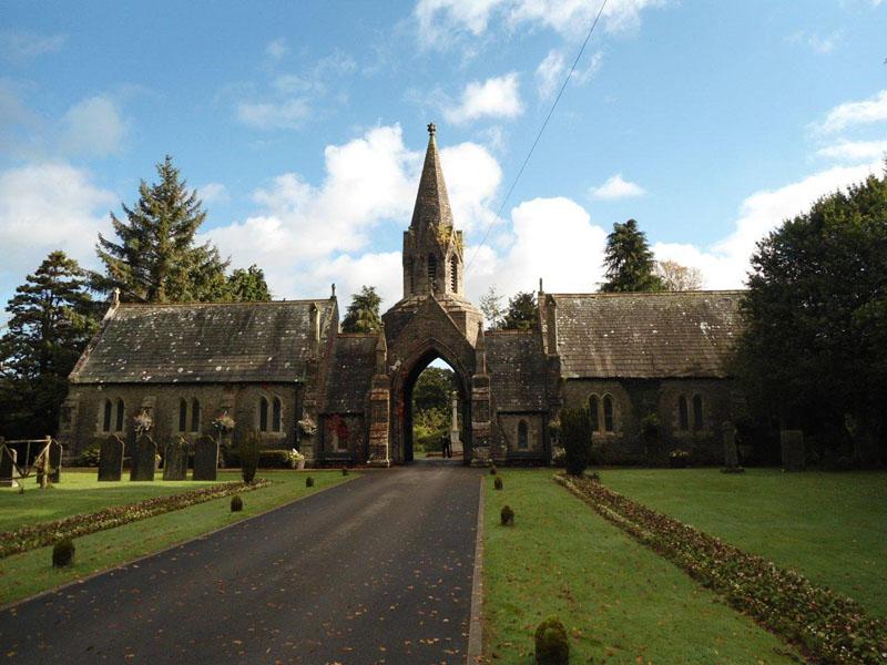 chapel cottages for auction