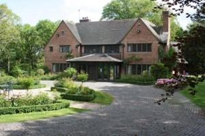 peacock manor