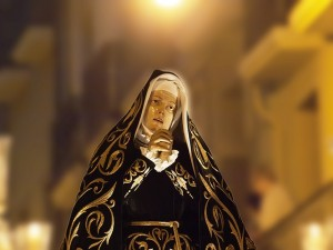blessed-virgin-mary-379916_640